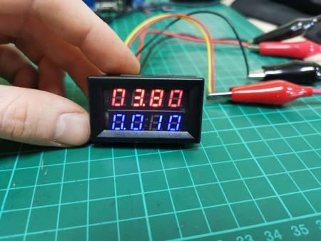 Miernik woltomierz i amperomierz 0-200V 10A z bocznikiem - 0,28'' - 4 cyfry